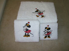 Embroidered Personalized Minnie Mouse 3 Piece Embroidered Bath Towel Set