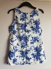 BNWT Dorothy Perkins top size 12 bow cut out back blue white floral china print