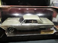 Highway 61 1964 Dodge 330 Sedan 40th Anniversary Diecast LE 708 Rare-SilverGray