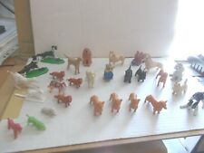 JOB LOT VARIOUS PLASTIC UNBRANDED DOG MODELS, VARIOUS BREEDS & SIZES SEE  PHOTOS