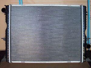 BRAND NEW RADIATORFITS  LAND ROVER DEFENDER TD4 2006 ONWARDS / TD5 1998 TO 2006