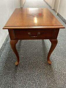 Thomasville Collectors Cherry End Table #10131-210