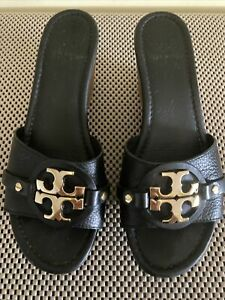 Tory Burch 'Patti 3' Wedge Sandals Slides Black Leather Gold Logo Shoes Size 8M.
