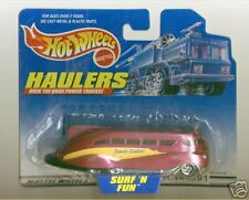 Hot Wheels 2000 Haulers Surf 'N Fun Bus Beach Cruiser