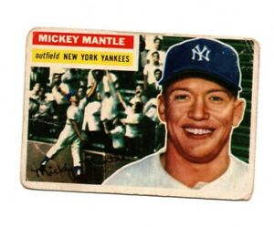 1956 TOPPS BASEBALL CARD # 135 MICKEY MANTLE NEW YORK YANKEES OUTFIELD