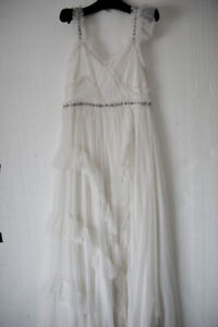 Brand new Needle and Thread bridal dress Delia Size 14 ivory RRP £550 tulle