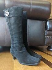La Canadienne Womens Black Suede Kitten Heel Button Boots SIZE 8.5 M