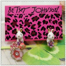 Betsey Johnson Fashion Jewelry Little white rabbit flower charm Earrings EE267