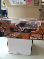 NASCAR Action 1:24 Scale Tony Stewart Home Depot Car 2002 Winston Cup Champion