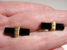 Stylish 14K Gold Estate Tiffany & Co. Octagon-Shaped Onyx Bar Cufflinks