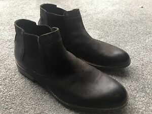 Brown Clarks chelsea boot size 10 new