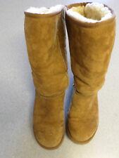 Classic UGGS Australia tan shearling winter boots. Women's 7