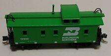 "N Scale - ""BN Burlington Northern""  34' Wood Sheathed Caboose Car - EX"