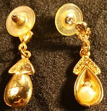 Golden with pearl fashion earings
