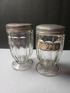 VINTAGE JEANNETTE GLASS JENNY WARE SALT AND PEPPER RANGE SHAKERS