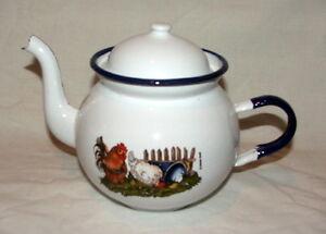 Enamel Tea Pot - Munder-Email - Chickens