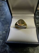 9ct Gold Signet Ring. (3.91grams) 99p Start