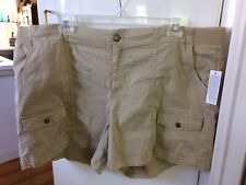 Sonoma Goods For Life Women's Plus Beige Mid Rise Straight Shorts Size 24W NWT