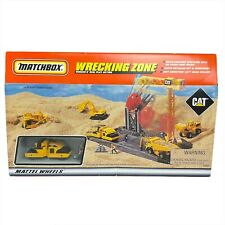Matchbox Wrecking Zone Rugged n Real Action Playset CAT Caterpillar 1997 MISB
