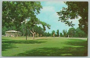 Biloxi Mississippi~Midway Par 3 Golf Course~Vintage Postcard
