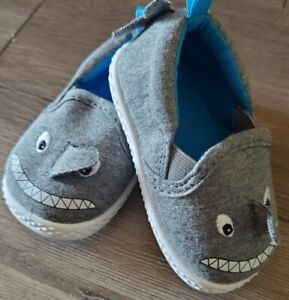 New! Baby Shoes Boys Baby Shark Grey Slip-On Casual Sneaker Size 2