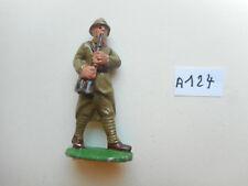 1 ancien soldat aluminium français quiralu défilant hautbois musicien jouant