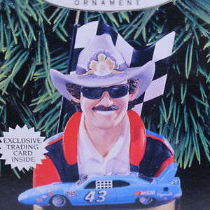 Richard Petty Stock Car Keepsake Hallmark Ornament #2 series1998 Trading Card