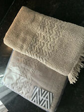 Set Of 2 MISSONI HOME Guest Towel. Beige. New