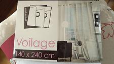LOT DE 2  RIDEAUX  VOILAGES . NEUF . 140 cm X 240 cm .