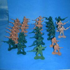 "Lot 30 Plastic Soldier Figures 2"" Infantry Army Military Men (15 JA RU 180 090)"