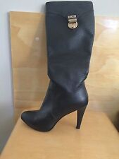 Versace Tall Black Leather Boots, 6 JVC. Seller away 20.12-08.01