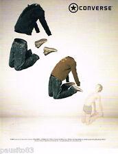 PUBLICITE ADVERTISING 085  2006  CONVERSE  pret à porter baskets jeans homme