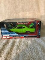 """RARE - Maisto 1970 Plymouth GTX """" LIME GREEN """" 1:24 Scale - NIB VHTF!!!"""
