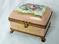 Petit coffret boîte à bijoux ancienne en porcelaine