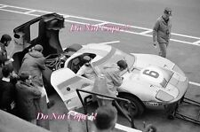 Jacky Ickx & Jackie Oliver JWA Gulf GT40 Winners Le Mans 1969 Photograph 4