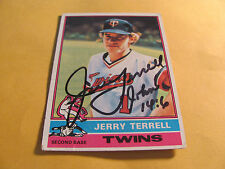JERRY TERRELL autographed 1976 Topps  MINNESOTA TWINS Kansas City Royals  Auto