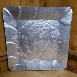 """Vintage Hand Forged, Everlast Aluminum 12"""" Square Tray with Cattails and flowers"""