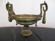 Baguier en bronze de style L XVI