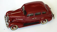MADISON MODELS- N° 7- CHEVROLET Master de Luxe 4- Door Sport sedan 1937
