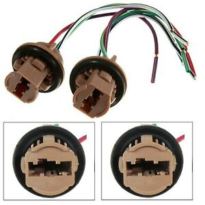 Universal Pigtail Wire Female Socket 7443 Two Harness Front Turn Signal Lamp