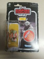 2020 Star Wars Retro Collection - The Empire Strikes Back - Yoda (in hand)