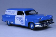 """Ford Courier """"Pan American Airways"""" 1953 (Goldvarg 1:43 / GC-PAA-001)"""