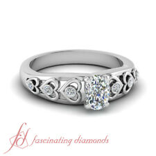 1 Ct Cushion Cut Diamond Graduated Heart Design Round Accented Engagement Rings