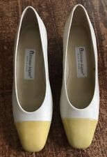 ETIENNE AIGNER Leather Upper TIME Women's Pump Shoe Size 6.5 Yellow Cream