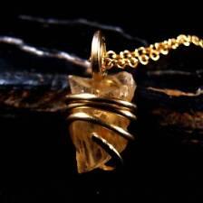 RARE GOLDEN ORANGY SUNSTONE PENDANT MERLIN'S GOLD BRONZE  #203