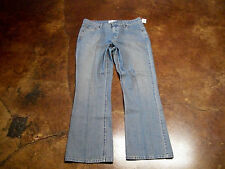 Levis Signature Womens Stretch Low Rise Bootcut Jeans Size 14