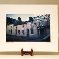 "VINTAGE ""RAIN & PUB"" IRELAND PHOTO PRINT ARTIST SIGNED WITH MATTING"