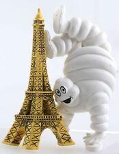 - MICHELIN260395 - Magnet du Bibendum Michelin sur la Tour Eiffel de dimension 4