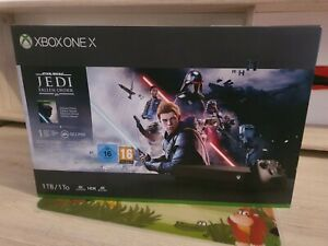 Microsoft Xbox One X 1TB Schwarz Spielkonsole + 5 Spiele