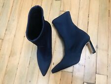 STUART WEITZMAN RAPTURE NAVY BLUE ABOVE ANKLE KNIT HEEL BOOTIES NWOB SZ 6